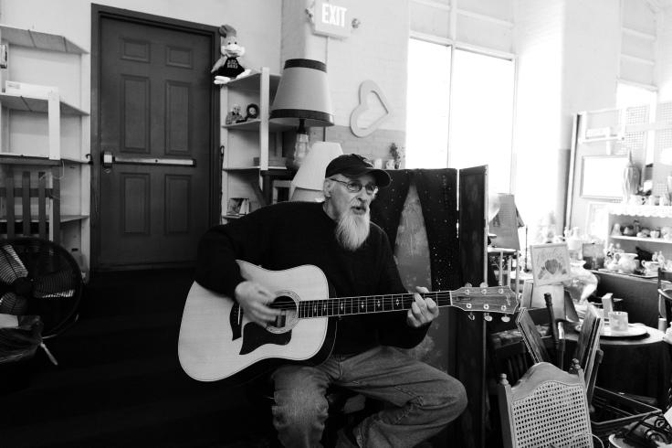 guitarist at flea market_020219_donald groves.jpg